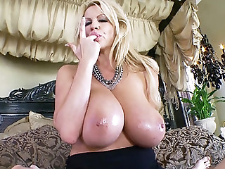 Seized unearth is in every direction Kelly Madison wants to feel between her tits