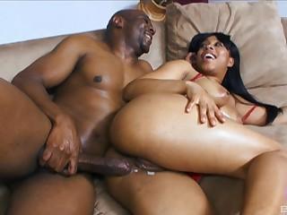 Ebony beauty Myeshia Nikole gets her pussy voice pied by a black horseshit