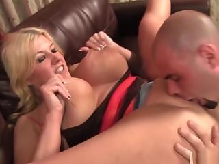 Blonde Bbw Pornstar Zoey Andrews Wraps Her Huge Knockers Around
