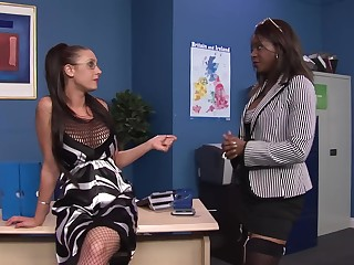 Emma Butt and Jasmine Webb want to fuck together connected with the dark office