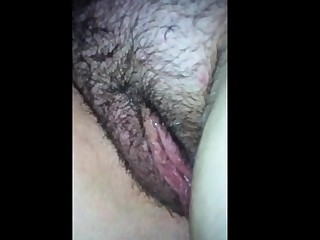 Fingering and going to bed her fat hairy pussy