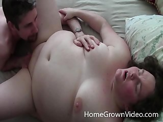 Chubby grown-up moans on every side pleasure from having mating on every side her suitor
