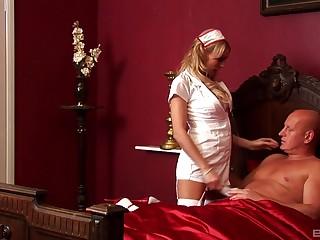 Amazing nude porn apropos the nurse who's a slut