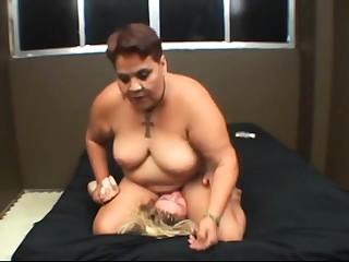 Charm Sex 1 german Smg bdsm bondage slave femdom embrace b influence