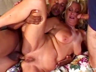 An Arousing Session To Feel The  Love Together with Arousement