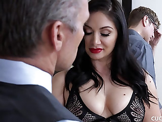 Two dicks for a black-haired beauty in stockings Lea Lexis