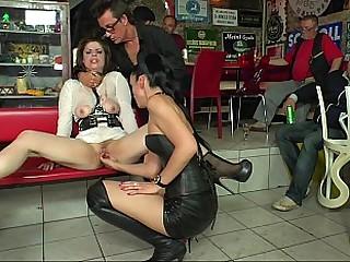 Lusty slut's double deepness