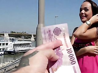 Girl accepts money in allowing for regarding a few rounds of porn