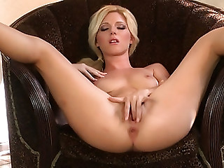 Nice blonde gets uncovered to show her bod increased by then fingers pinkness