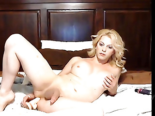 Hot tow-headed with a cock enjoys snoopy her penurious anal hole